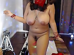 Amateur indian housewife mirchi bhabhi naked dance on webcam on bollywood songs