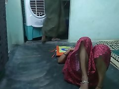 Tamil couple late night sex fucking on a floor